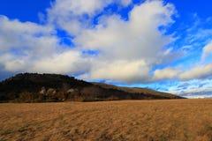 Krajobrazowy i chmurny niebo w Pyrenees Fotografia Stock