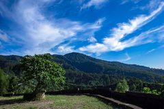 Krajobrazowy niebo i montain fotografia royalty free