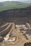 Krajobrazowy obrazek na kamień kopalni głębokiej odkrywkowej powierzchni lub, pasek kopalnia Obraz Stock