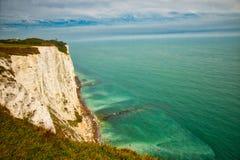 Krajobrazowy widok Białe falezy przy Dover Obrazy Stock