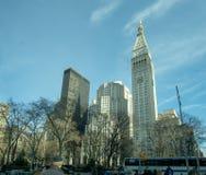 Krajobrazowy widok buduje patrze? nad Madison kwadrata parkiem w NYC Wielkomiejski ?ycie fotografia stock