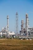 Krajobrazowy widok rafinerii wierza olej i rafinerii roślina Obrazy Royalty Free