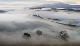 krajobrazu Tuscan Piękny Toskański ranek Zdjęcia Royalty Free