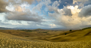 krajobrazu Tuscan Piękny Toskański ranek Obraz Stock