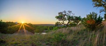 Krajobrazy wokoło wierzbowego miasta zapętlają Texas przy zmierzchem Fotografia Stock