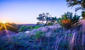 Krajobrazy wokoło wierzbowego miasta zapętlają Texas przy zmierzchem Zdjęcie Royalty Free