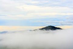 Krajom山小山顶视图。 免版税库存照片