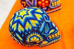 Krajowi Meksykańscy pamiątek rzemiosła Huichol mozaika koraliki Zdjęcia Royalty Free