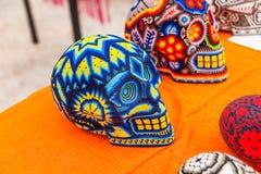 Krajowi Meksykańscy pamiątek rzemiosła Huichol mozaika koraliki Obrazy Stock