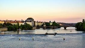 Krajowy teatr, Vltava rzeka, Praga, republika czech Obrazy Royalty Free