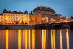 Krajowy teatr w Praga podczas wieczór fotografia royalty free