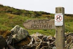 Kraju Footpath znak Zdjęcie Stock