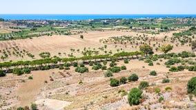 Kraju krajobraz blisko Agrigento miasteczka w Sicily Fotografia Stock