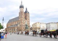 Kraków agosto 19,2014: Fila del carro en Kraków, Polonia Fotografía de archivo libre de regalías