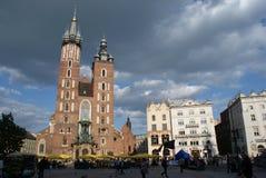 Krakau: Basillica van Mariacki. stock foto