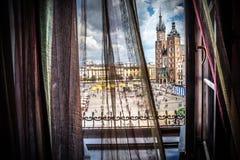 Krakau - Hauptplatz - Fensteransicht Lizenzfreies Stockbild