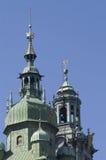 Krakau-Kathedralekontrolltürme Stockfoto