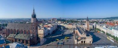 Krakau, Polen Breites Panorama der alten Stadt mit allen Hauptmonumenten Lizenzfreies Stockfoto