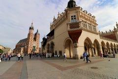 Krakau, Polen der Hauptmarktplatz lizenzfreie stockfotografie