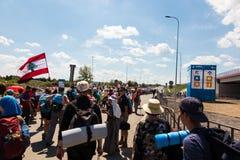 KRAKAU, POLEN - 31 JULI, 2016: Niet geïdentificeerde deelnemers van Worl Stock Foto