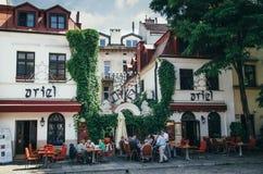 KRAKAU, POLEN - 26. JUNI 2015: Ariel Jewish-Restaurant in Kazimierz Stockfoto