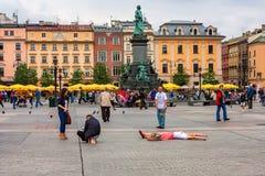 KRAKAU, POLEN - JUNI 2012: Mickiewicz-Monument Lizenzfreies Stockbild