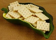 krakers naczynia zieleni liść Obraz Royalty Free