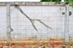 Krakingowa ściana Fotografia Stock
