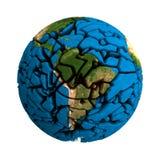 Krakingowa ziemia łamająca kuli ziemskiej 3D planeta royalty ilustracja