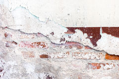 Krakingowy gnicie malował betonowej ściany tekstury tło, grunge wa Obrazy Stock
