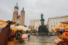 Krakow huvudsaklig fyrkant royaltyfria foton