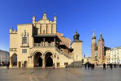 Poland, Cracow Old Town, Cloth Hall, St. Mary cathedral and medieval tenements by Main Market Square Stock Images