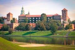 Krakow/medeltida slott poland fotografering för bildbyråer
