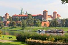 Krakow/medeltida slott poland royaltyfri bild