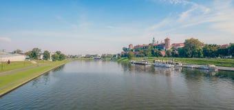 Krakow/medeltida slott poland royaltyfria bilder
