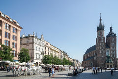 KRAKOW, POLAND/EUROPE - SEPTEMBER 19 : Carriage and horses in Kr Royalty Free Stock Photo