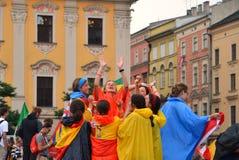 KRAKOW POLSKA, JUL, - 27, 2016: Światowy młodość dzień 2016 Międzynarodowa Katolicka młodości konwencja Młodzi ludzie na głównym  zdjęcie stock