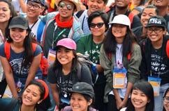 KRAKOW POLSKA, JUL, - 27, 2016: Światowy młodość dzień 2016 Międzynarodowa Katolicka młodości konwencja Młodzi ludzie na głównym  obraz stock
