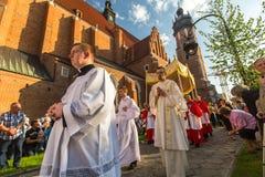 KRAKOW, POLSKA - Podczas świętowania uczta Corpus Christi także znać jako korpus językowy Domini (ciało Chrystus) Zdjęcia Royalty Free