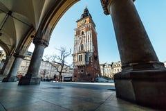 Krakow stadHall Tower bred vinkel Royaltyfria Foton