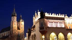 Krakows Hauptquadrat nachts Stockfoto