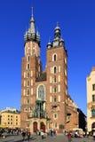 Krakowska Stara miasteczka, St Maryjna katedra, i średniowieczni tenements Głównym Targowym kwadratem Obrazy Stock