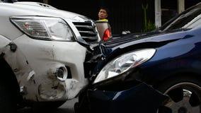 Kraksa samochodowa od wypadku samochodowego na drodze
