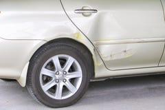 Kraksa samochodowa wypadek na drodze obrazy stock