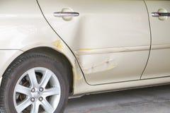 Kraksa samochodowa wypadek na drodze fotografia stock