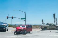 Kraksa samochodowa wypadek na ulicie zdjęcie royalty free