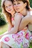 krama tillsammans Royaltyfria Foton