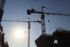 Kran an der Baustelle Lizenzfreie Stockbilder