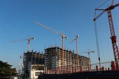 Kran an der Baustelle Lizenzfreie Stockfotos