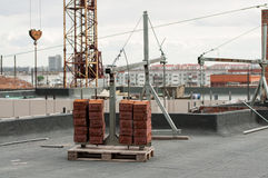 Kran für Bauwiegen lizenzfreies stockbild